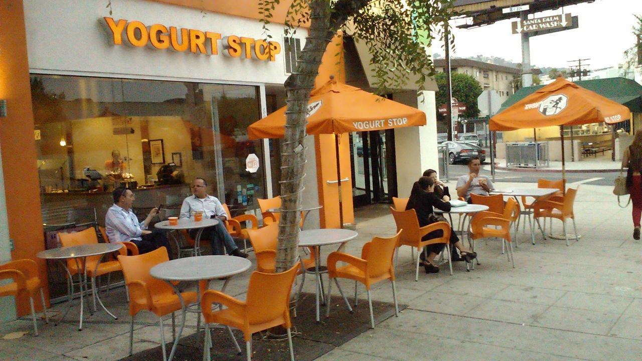 Restaurant Furniture | Outdoor Patio Blog | CozyDays.