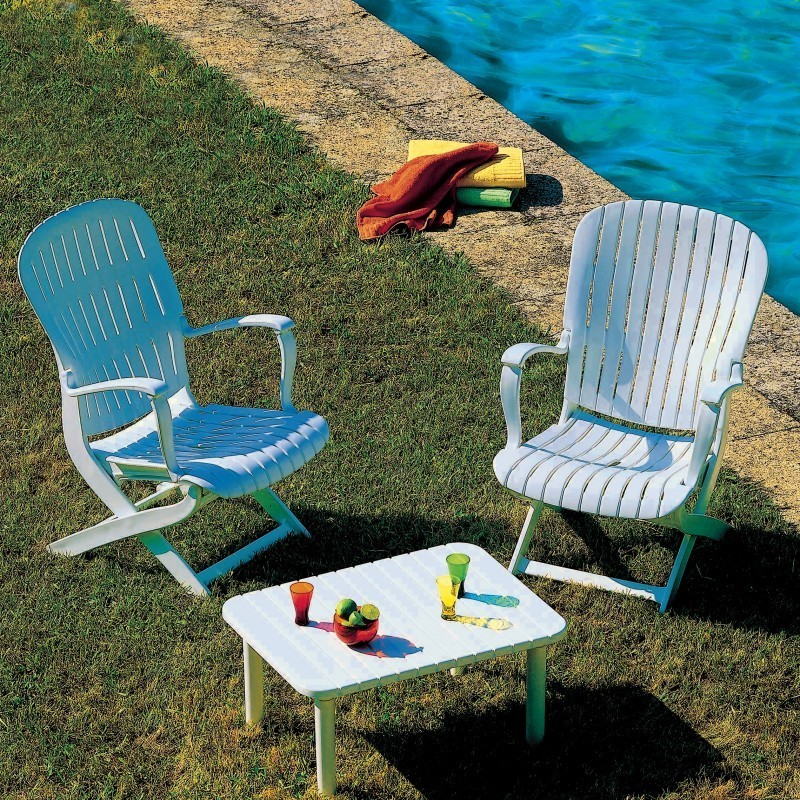 Outdoor Furniture Set - Tangor 3-Piece : White Patio Furniture