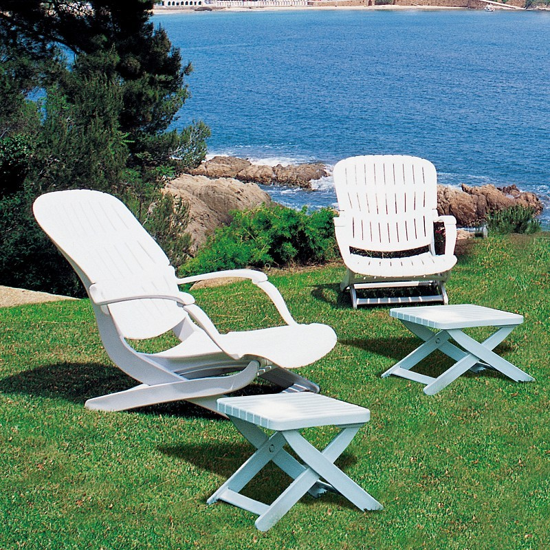 Outdoor Furniture Set - Tangor 4-Piece : White Patio Furniture