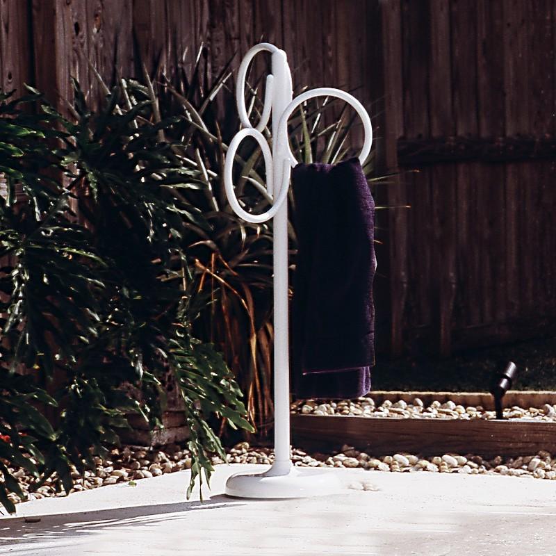 Poolside Towel Holder Loops
