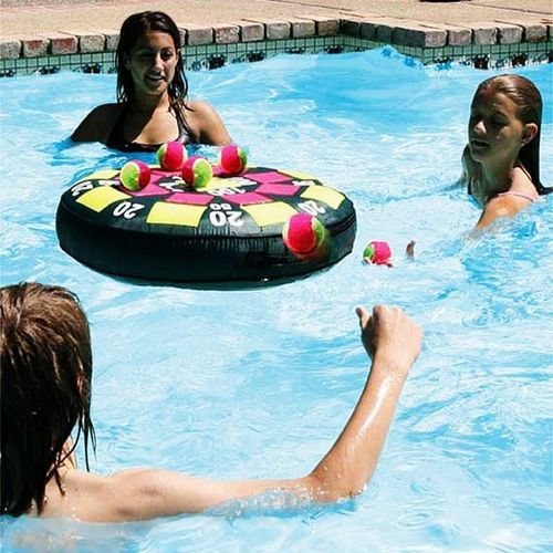 Floating Target Pool Game