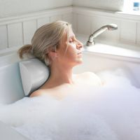 Suction Cup Spa & Bath Pillow - White SS85100