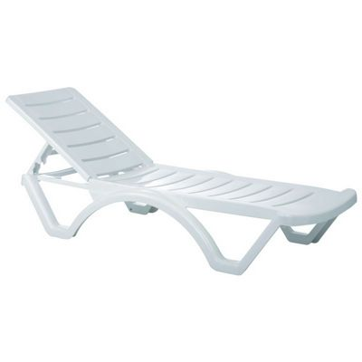 Aqua white resin chaise lounge isp076 cozydays for Aqua chaise lounge cushions