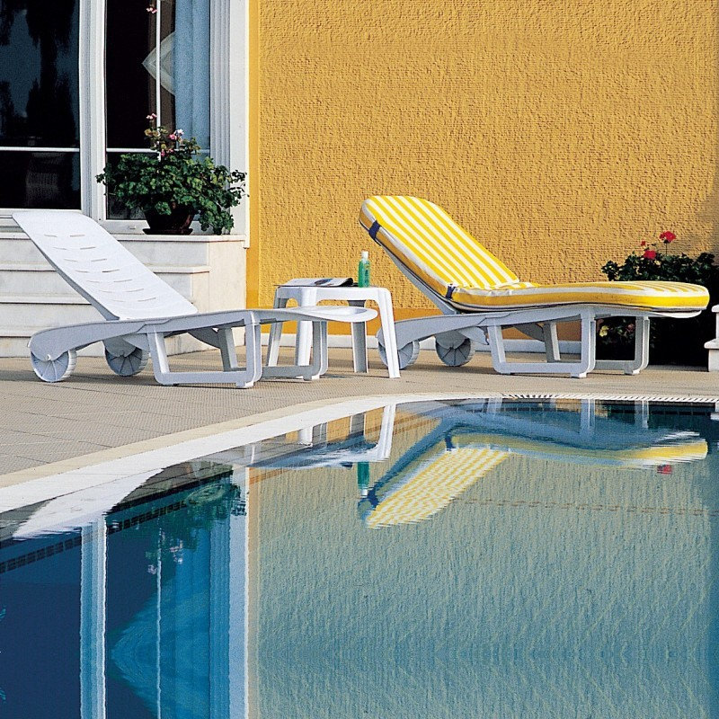 Pool Chaises Set of 2 - Sundance : White Patio Furniture
