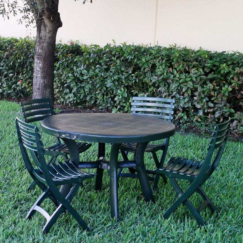 Truva Resin Outdoor Dining Set Round 5 Piece Green