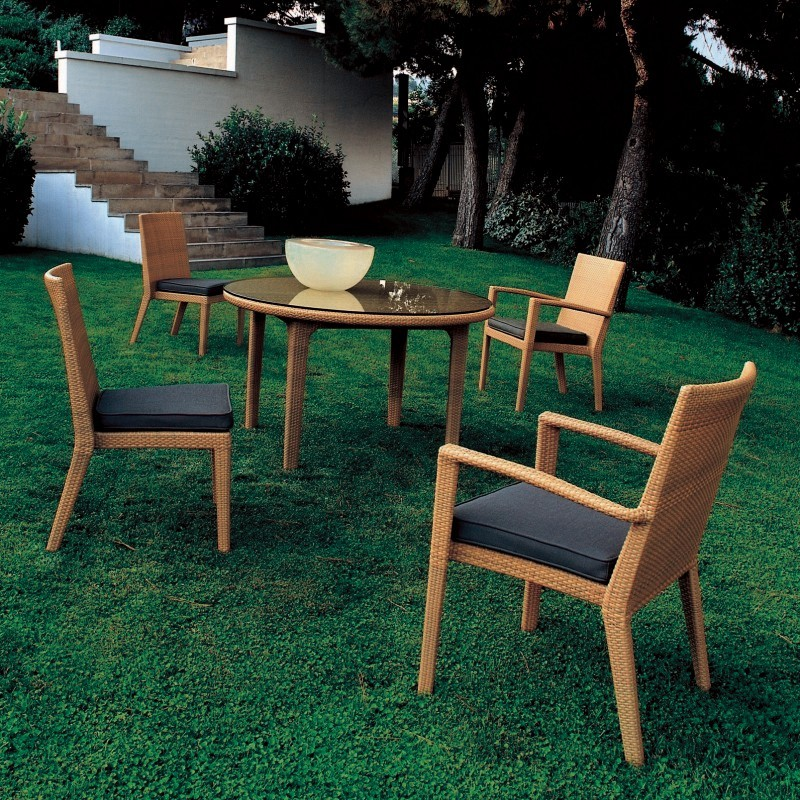 Prisma Outdoor Wicker Dining Set 5-Piece : Patio Sets