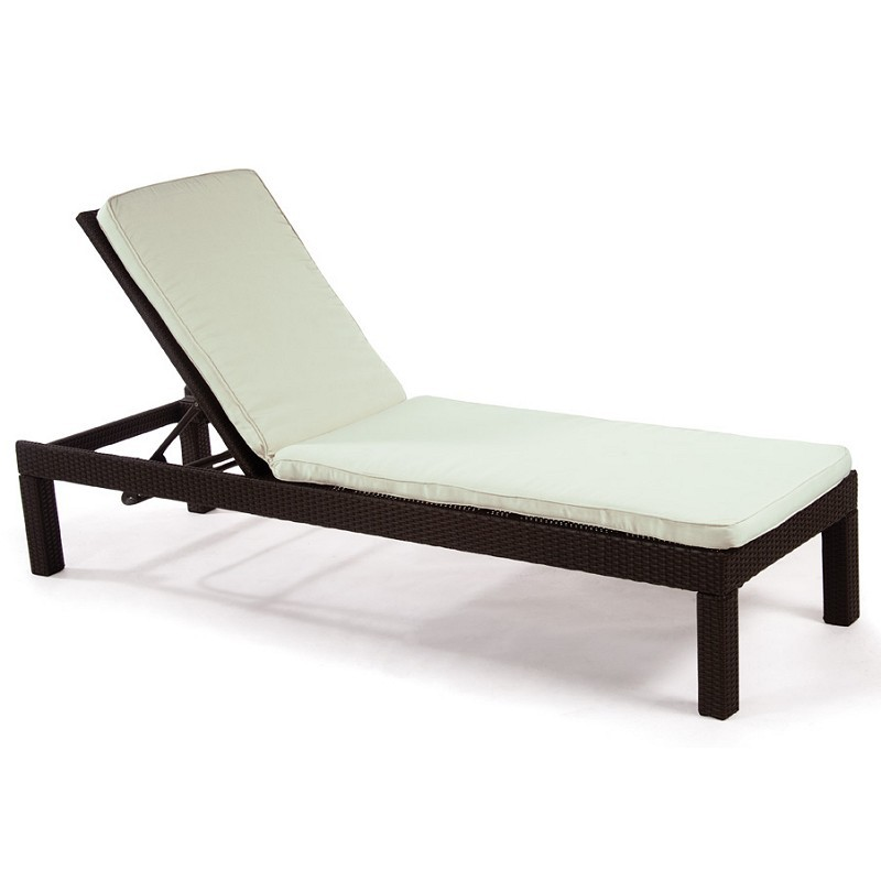 Monaco Outdoor Wicker Chaise Lounge : Patio Chairs