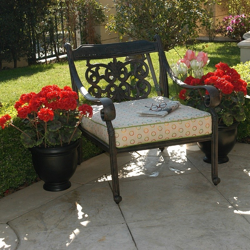 Classic outdoor patio furniture