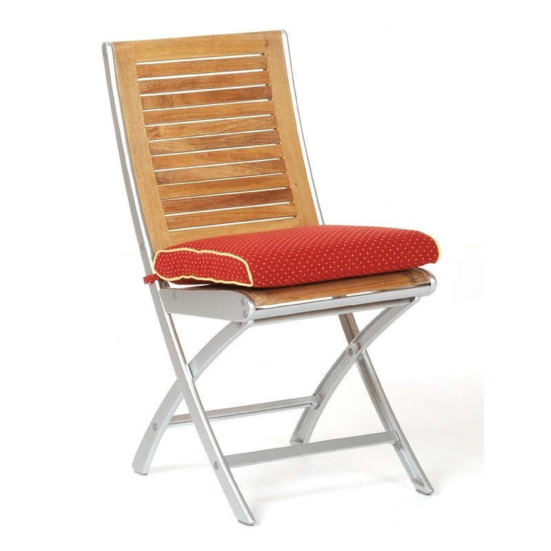 aluminum and canvas folding chair