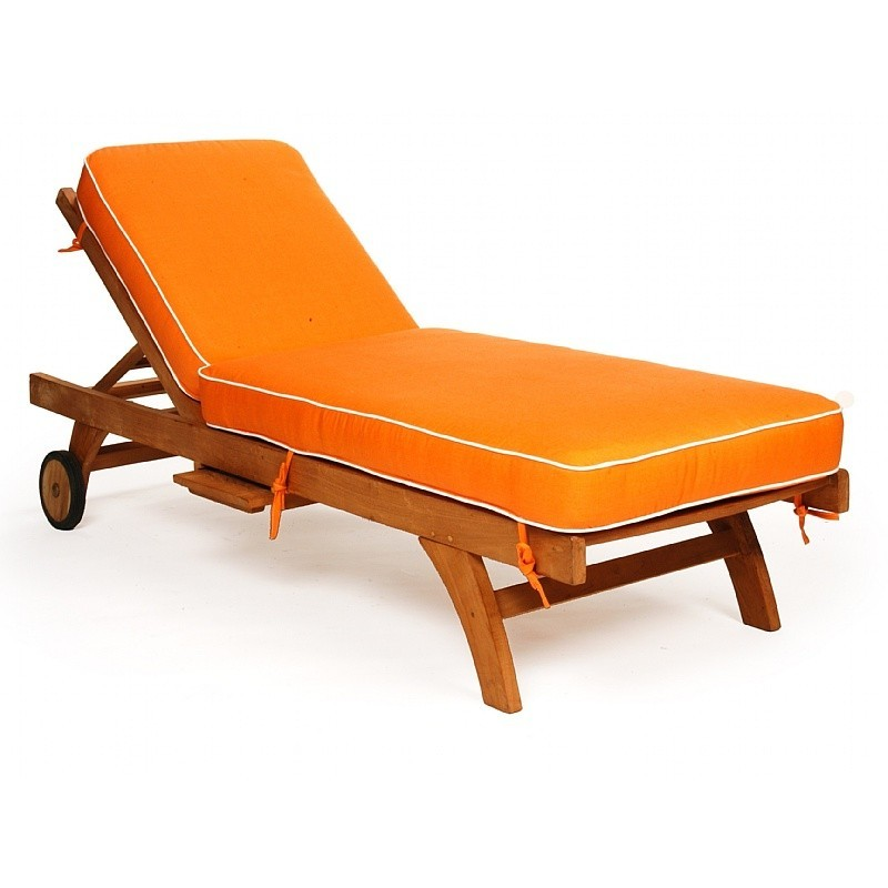 Plastic Outdoor Lounge Chairs: Caluco Teak Chaise Lounge with Cushion