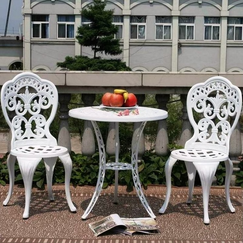 Outdoor Furniture: Bistro Sets
