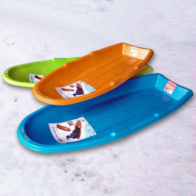 Vintage Wooden Sleds: Winter Lightning 3-pack Plastic Sleds
